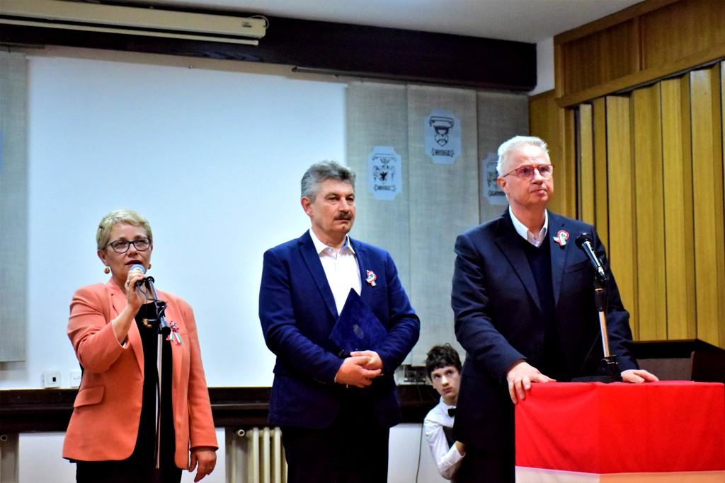c7826aaaf7 Kisdobos Büszke huszár Forradalmi beszéd Magyarország igazságügyi  miniszterének ünnepi beszéde