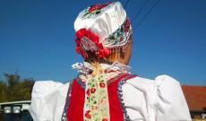 Utazás a platón. Radics Leonóra, a doroszlói kis- és középső néptánccsoport vezetője.
