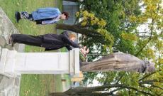 Zborov - Rákóczi szobor koszorúzása a Szent Zsófia templom előtt
