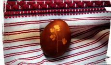 Piros tojás