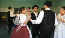 A Margaréta tánccsoport előadása