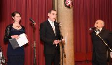 A jelenlévők hivatalos köszöntése (balról jobbra: Erdélyi Ágnes, Szesztai Dávid, Szaló Béla)