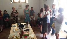 Az első összejövetel a magyar mise után