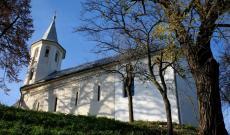 Somlyóújlak duplafalú temploma