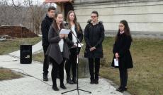 Radnótfáji ifjúsági csoport ünnepi műsora