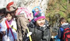 Hiába a tavasz jó idő,a barlangban azért hideg van