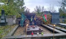 Kiscserkészek a csapatzászlóval és a felvidéki zászlóval