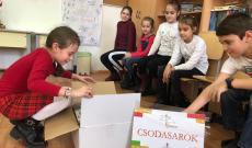 Soaca Ingrid CSODSARKOT nyert iskolája számára