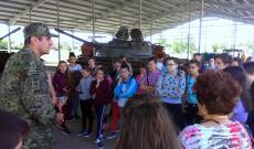 Látogatás a vukovári kaszárnyában