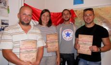 Petrilla Gara Attila tanítványaival