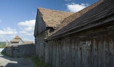Fából és földből - Kápolnásfalu
