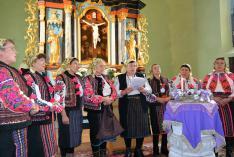 A moldvai Fredeluska Hagyományőrző Csoport előadása