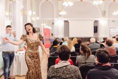 Benedekffy Katalin színművésznő előadása, áriák, operettek, nóták