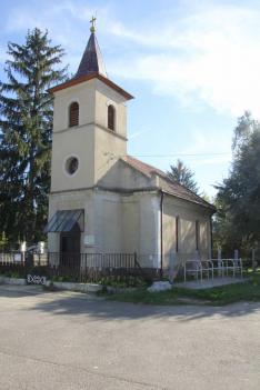Ebben a templomban házasodott össze Mikszáth Kálmán és Mauks Ilona