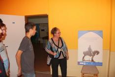 A Mátyás Emlékévre készült vándokiállítás megtekintése a csábi iskolában