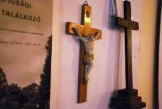 A tiszakálmánfalvi Magyarok Nagyasszonya római katolikus templomhoz tartozó feszület