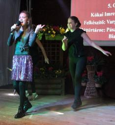XIII. SULISZTÁR - Varga Szitár Hanna és táncosai - Pásztor Csenge, Görög Bianka