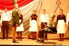 A zsoboki diákok ünnepi műsora