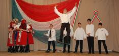 A zsoboki diákok kalotaszegi tánca