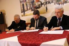 Együttműködési szerződés aláírása