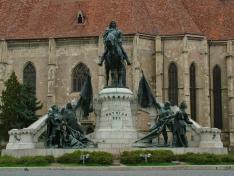 Mátyás király szobra Kolozsvár főterén