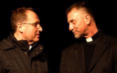 Bokros Levente és Janig Péter atyák