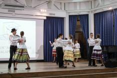A Beregrákosi Latorca Néptánccsoport dél-alföldi táncokat mutatott be