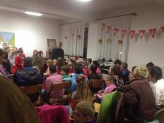 Adolf Kolping gyermekotthonban kicsik és nagyok együtt örültek az ajándékoknak.