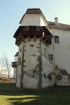A marosvécsi Kemény-kastély monumentális épülete a nap elején