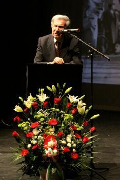 Albert Ferenc ünnepi köszöntőbeszéde Dr. Bárányi Ferencről