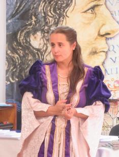 "A ceremóniamester: Nagy Zsuzsanna ""udvarhölgy"""