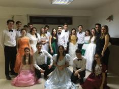 Margaréta tánccsoport - Csoportkép a keringő után