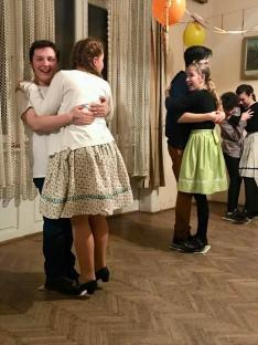 Farsangi táncház a máramarosszigeti Hollósy Házban