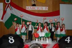 Az ünnepség folytatása a Rahói Járási Hivatal nagytermében; a Rahói Magyar Óvoda műsora