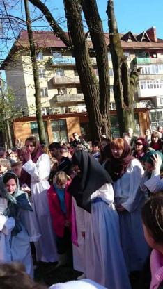 Keresztút Rahón - a nép