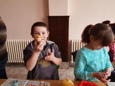 Kézműveskedés Magyarcsernyén