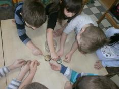 Játék mágnesekkel