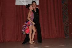 fiatal táncosok