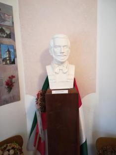 Tompa Mihály - Boncsér Árpád alkotása