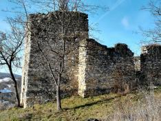 A római katolikus templom romjai