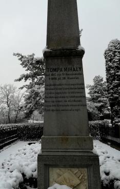 Arany János verse Tompa Mihály síremlékén
