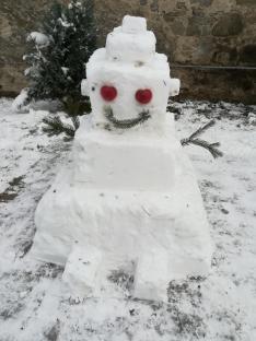 Elkészült a hóember