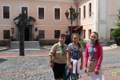 Egy csapat a Munkacia városismereti akadályversenyen