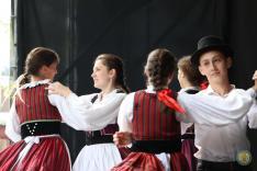 A Borostyán táncegyüttes felcsíki koreográfiája (Munkács)