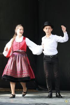A Borostyán táncegyüttes magyarpalatkai koreográfiája (Munkács)