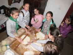 Készül a kenyérlángos
