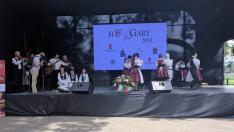 Az ungvári Csüllő együttes felcsíki táncokat táncolt. A Csipkés zenekar kísérte őket.