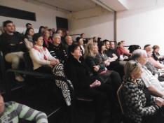 A közönség soraiban több generáció ült
