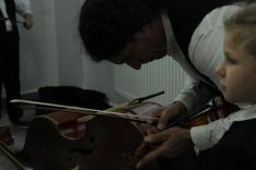 A legkisebb hangszereket is be kell hangolni