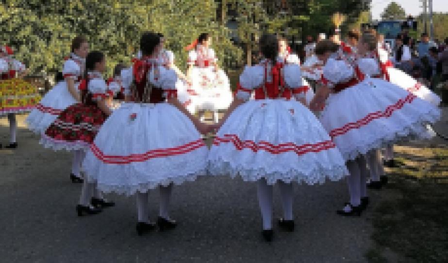 Doroszlói hagyományos Szüretbál